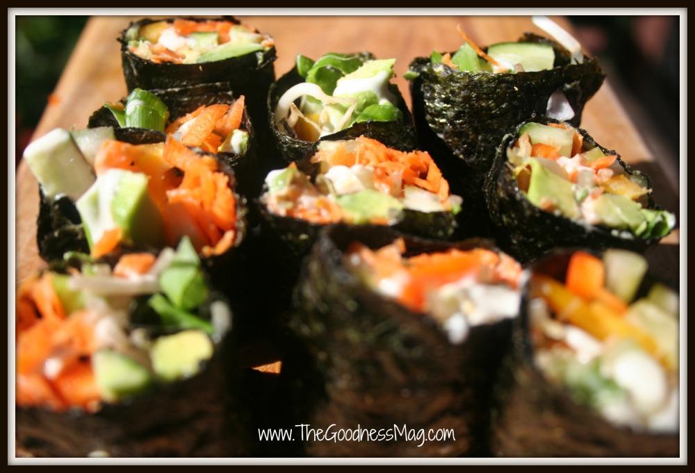 Eat-me-now rice free sushi rolls with garlic tahini sauce