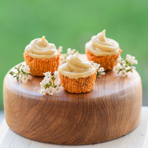 raw carrot cake and cupcakes recipe