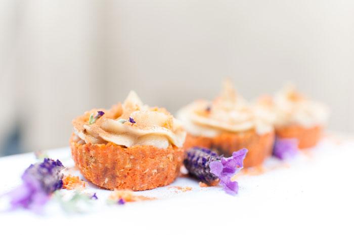 [PREMIUM] Raw Carrot Cake & Cupcakes